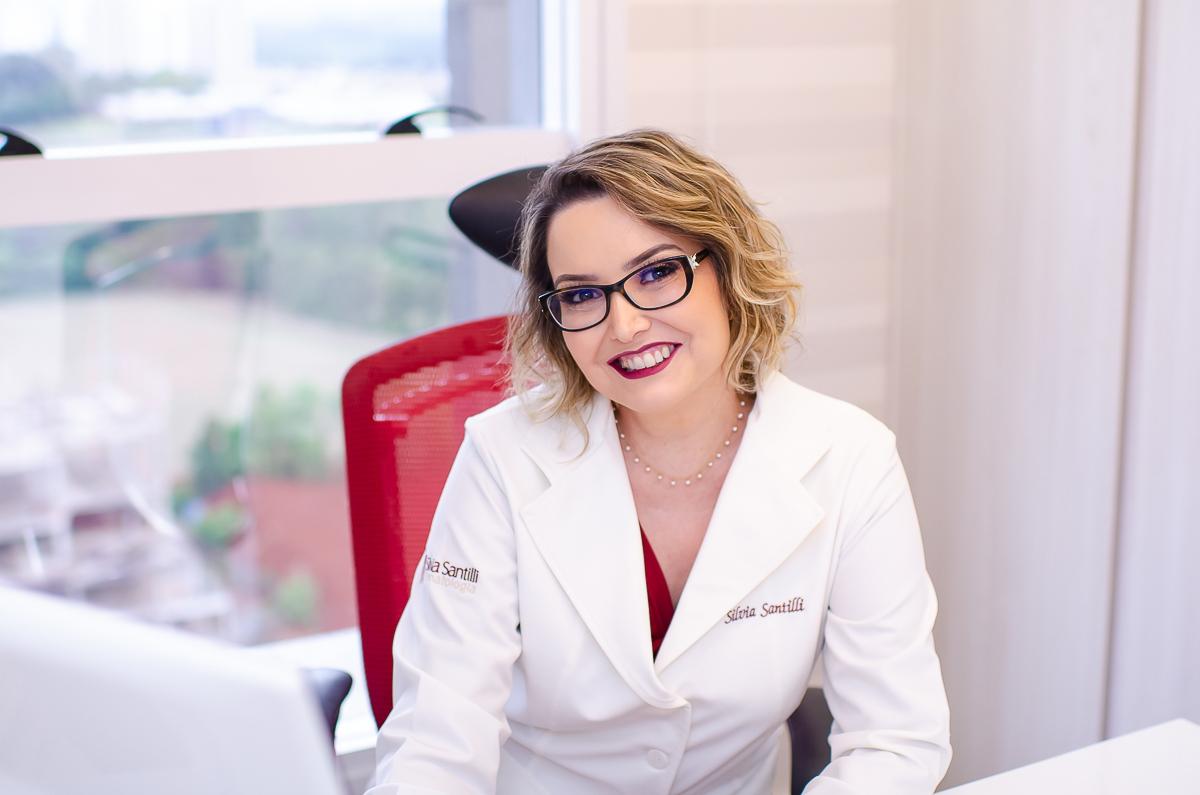 silvia-santilli-dermatologista